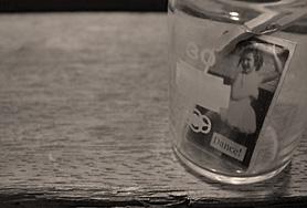 瓶の中の少女_f0077789_214217.jpg