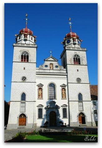 週末旅行 小さな村の教会&ライン川を泳ぐ_b0168823_2165599.jpg
