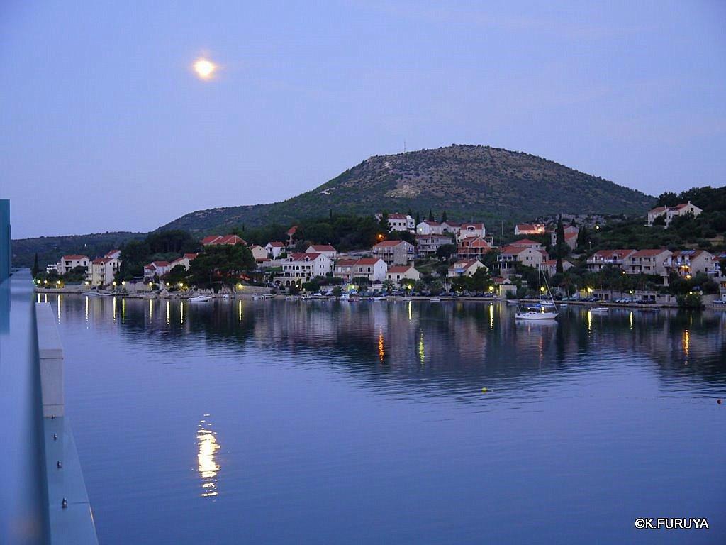 クロアチア到着の日_a0092659_1602459.jpg