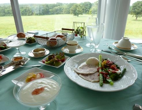 オーベルジュ コムニの朝食と、ばんえい競馬_e0148373_958037.jpg
