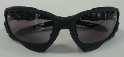 OAKLEY JAWBONE用GOODMAN調光レンズ発売開始!_c0003493_9152140.jpg