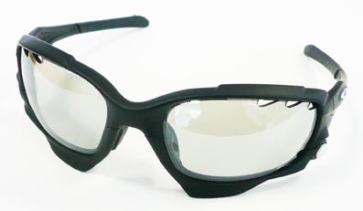 OAKLEY JAWBONE用GOODMAN調光レンズ発売開始!_c0003493_9155536.jpg
