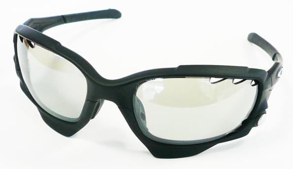 OAKLEY JAWBONE用GOODMAN調光レンズ発売開始!_c0003493_917821.jpg