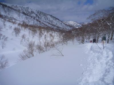 【滑走レポ30 2011.3.10】 今日は3月の新雪パウダー滑り込みの日@かぐら_e0037849_8441293.jpg