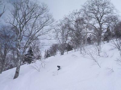 【滑走レポ30 2011.3.10】 今日は3月の新雪パウダー滑り込みの日@かぐら_e0037849_8442126.jpg