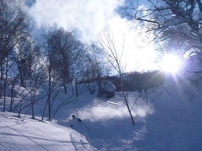 【滑走レポ30 2011.3.10】 今日は3月の新雪パウダー滑り込みの日@かぐら_e0037849_8473528.jpg
