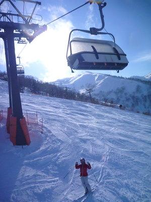 【滑走レポ30 2011.3.10】 今日は3月の新雪パウダー滑り込みの日@かぐら_e0037849_8474860.jpg