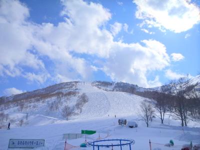 【滑走レポ30 2011.3.10】 今日は3月の新雪パウダー滑り込みの日@かぐら_e0037849_8475895.jpg