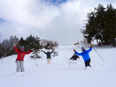 【滑走レポ30 2011.3.10】 今日は3月の新雪パウダー滑り込みの日@かぐら_e0037849_848743.jpg