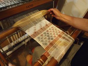 ベンガラ絣染織りワークショップ_b0022291_1792245.jpg