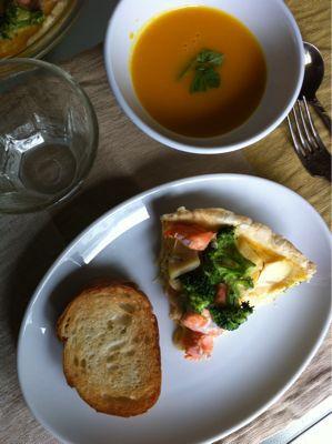 鮭とブロッコリーのキッシュ_d0235108_1273775.jpg