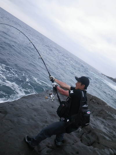 沖縄 離島遠征 磯からGTを狙う!!(その5) _a0153216_1219424.jpg
