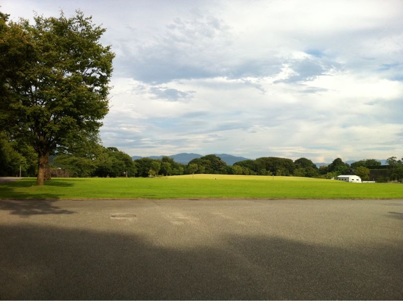 夕暮れの金沢城址公園_c0110051_1623875.jpg