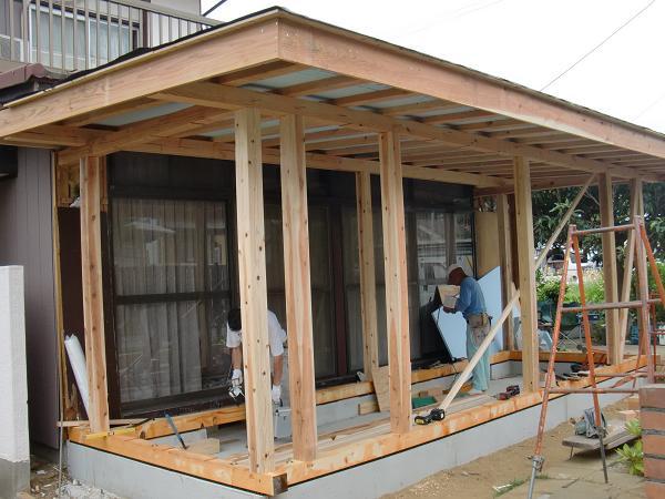 増築工事 ~ 屋根は_d0165368_7541246.jpg