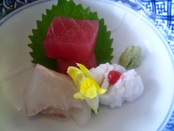 金沢 : 日航ホテル「弁慶」のお昼ごはんがリーズナブル_e0152073_1203592.jpg