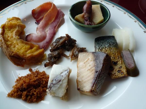 金沢 : 日航ホテル「弁慶」のお昼ごはんがリーズナブル_e0152073_1401124.jpg