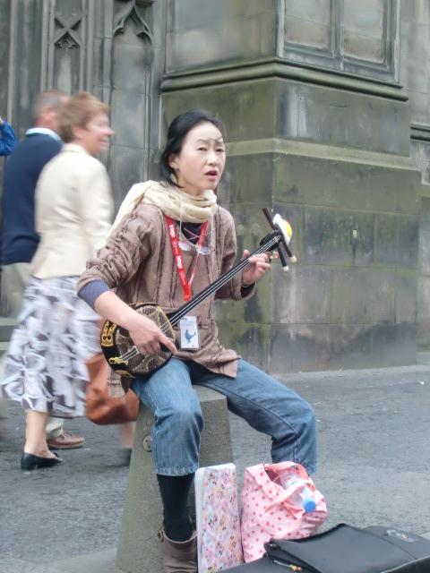 日本の音楽を、遠くはスコットランドで …_c0027188_343557.jpg