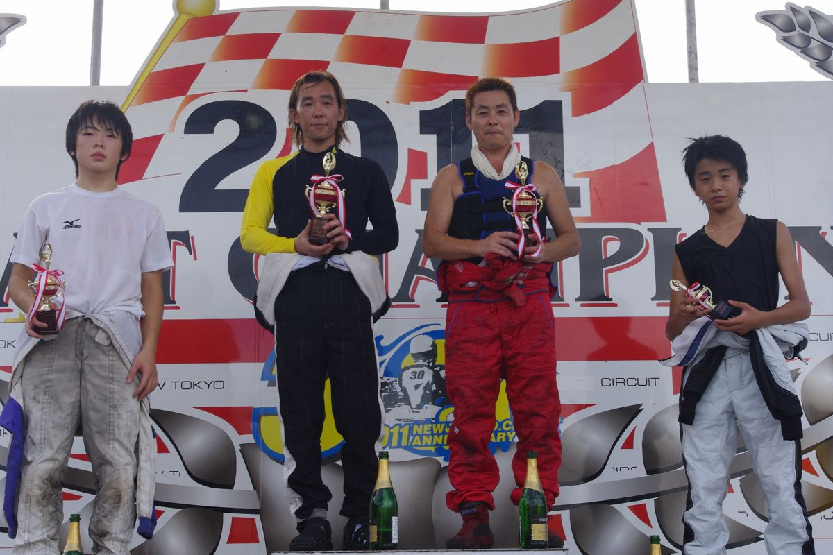 平日レース、WEEK DAY OPEN RACE【2011.8.24】_c0224820_904449.jpg