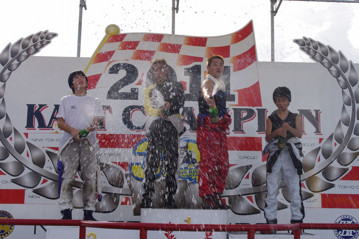 平日レース、WEEK DAY OPEN RACE【2011.8.24】_c0224820_91279.jpg