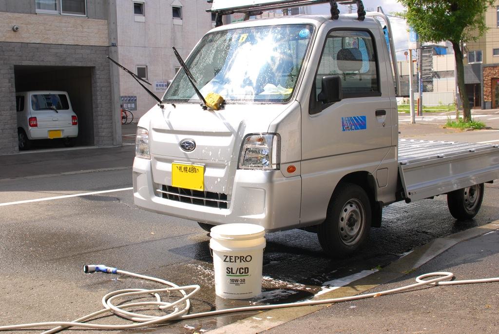 【サンバー】洗車っ☆_e0159646_8463765.jpg