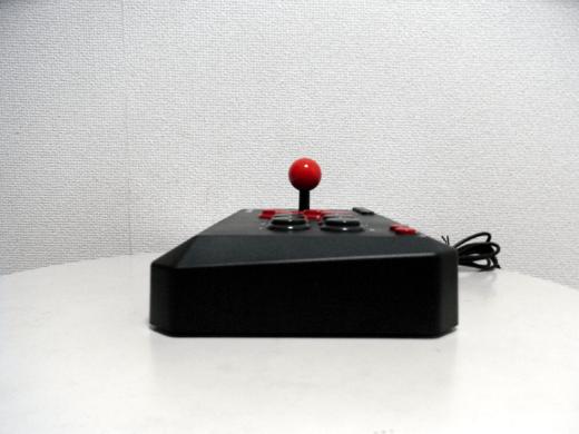 【レビュー】バッファローコクヨサプライ Arcade Stick 13 II(BSGPAC02BK)_c0004568_2003593.png