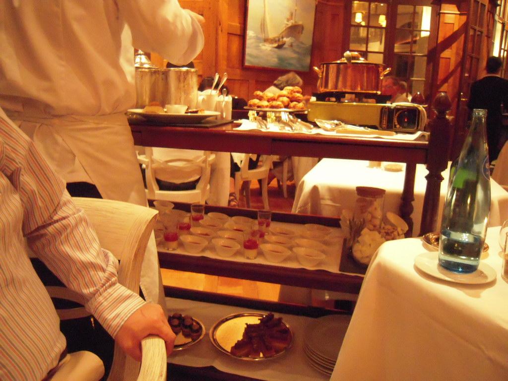 Restaurant le Coquillage レストラン・ル・コキヤージュ_a0066869_7253945.jpg
