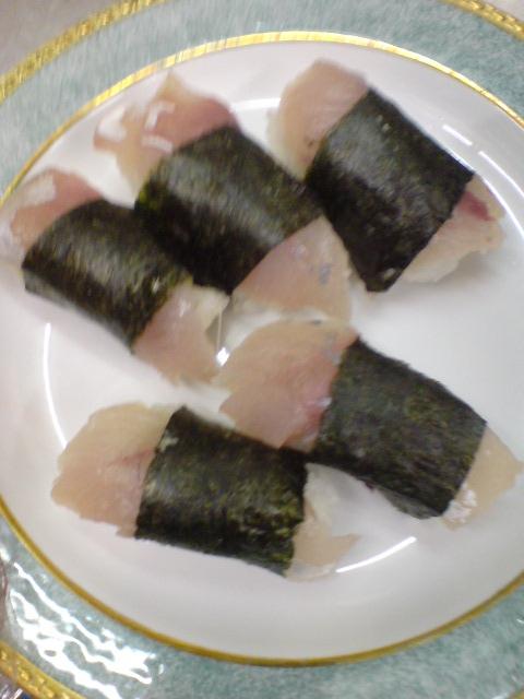 新鮮ツバイソのお寿司と採れたてミョウガ。_d0182179_2074190.jpg