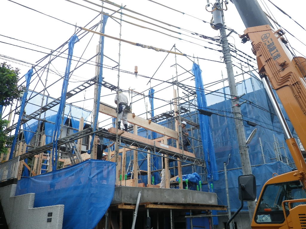 宮前区の家 建て方(上棟)_d0005380_904230.jpg
