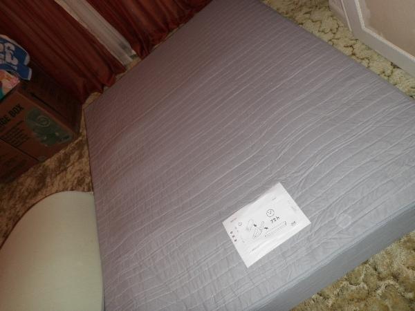 IKEAのロールベッド_d0145899_23221846.jpg