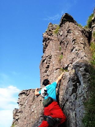 岩峰に登る_e0077899_6401022.jpg