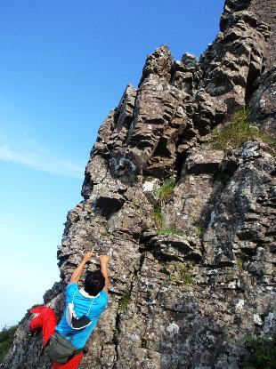 岩峰に登る_e0077899_6403210.jpg