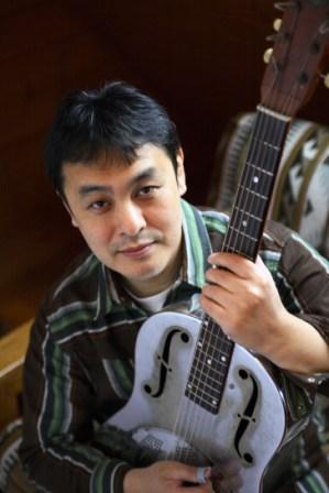 日本を代表するアコースティックギタリスト@いわきBarQUEEN_d0115919_592582.jpg