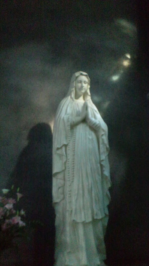 広島世界平和記念聖堂 カトリック幟町教会。。。.♡*† *・。・。+_a0053662_12341643.jpg