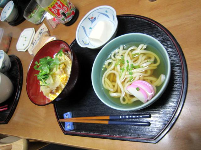 阿野裕行、生まれて初めて親子丼定食をご披露する。_f0051464_215258.jpg