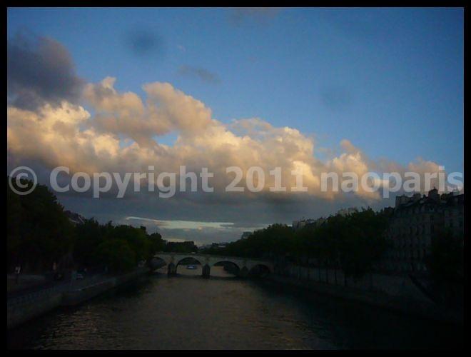 【散歩】8月28日(PARIS)_a0008105_2224883.jpg