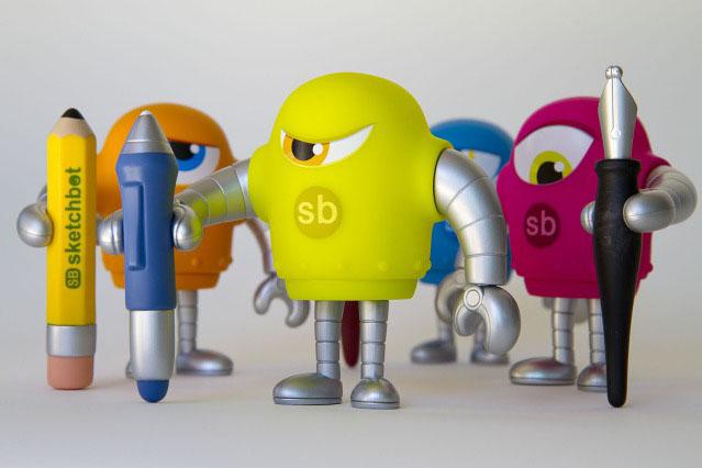 第4のSketchbotはスタイラスペンを持ったイエローグリーン。_a0077842_0434990.jpg