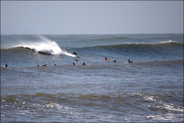 BANZAI SURFING_f0154850_745285.jpg