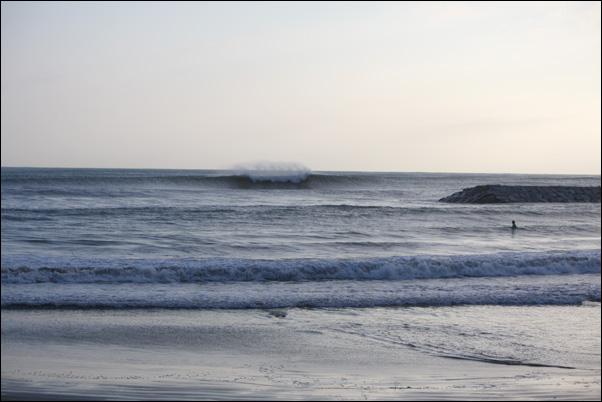 BANZAI SURFING_f0154850_7454071.jpg