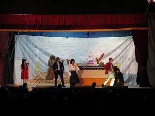 2011年 めるへん劇団_c0208355_15342599.jpg