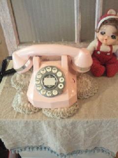 ピンクの電話の画像 p1_25