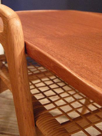 Side Table (DENMARK) & お知らせ_c0139773_1915911.jpg