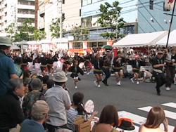 2011高円寺阿波踊りを見ました。_d0126473_0292696.jpg
