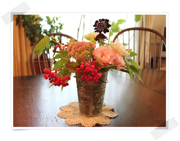 花を飾りました。(*^_^*)_a0213806_14304660.jpg