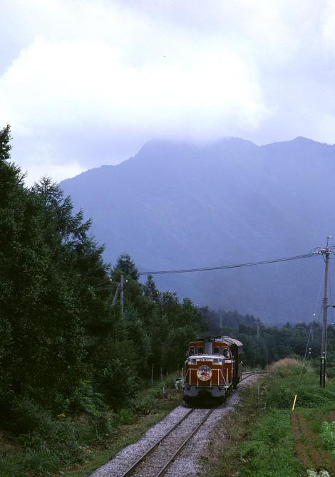 八ヶ岳の麓 - 1988年・小海線 -_b0190710_2337415.jpg