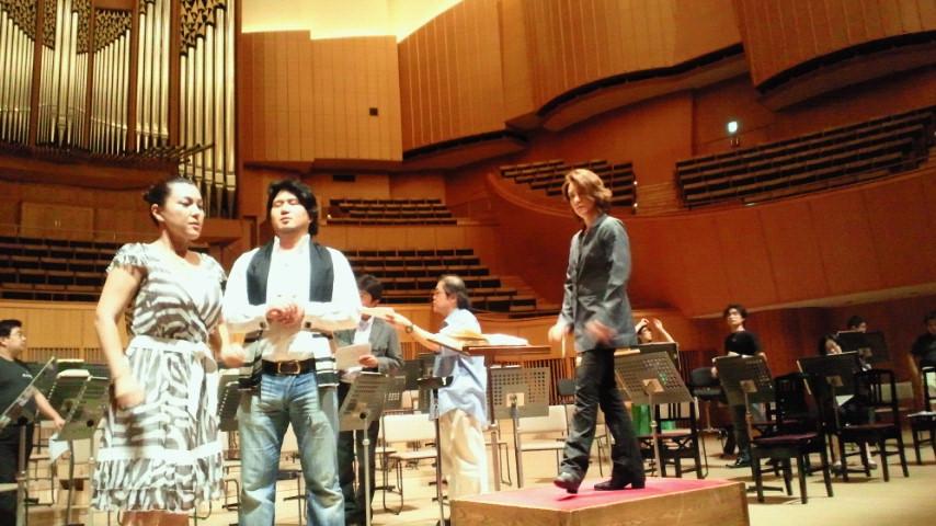 バレエ& オペラティックコンサート_a0155408_22483571.jpg