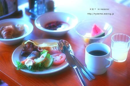 朝食 in Helsinki :) ♪_e0173666_785119.jpg