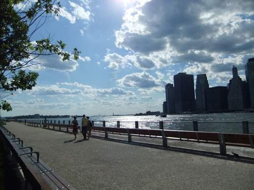 ブルックリンをお散歩_c0064534_054816.jpg
