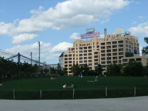 ブルックリンをお散歩_c0064534_062511.jpg