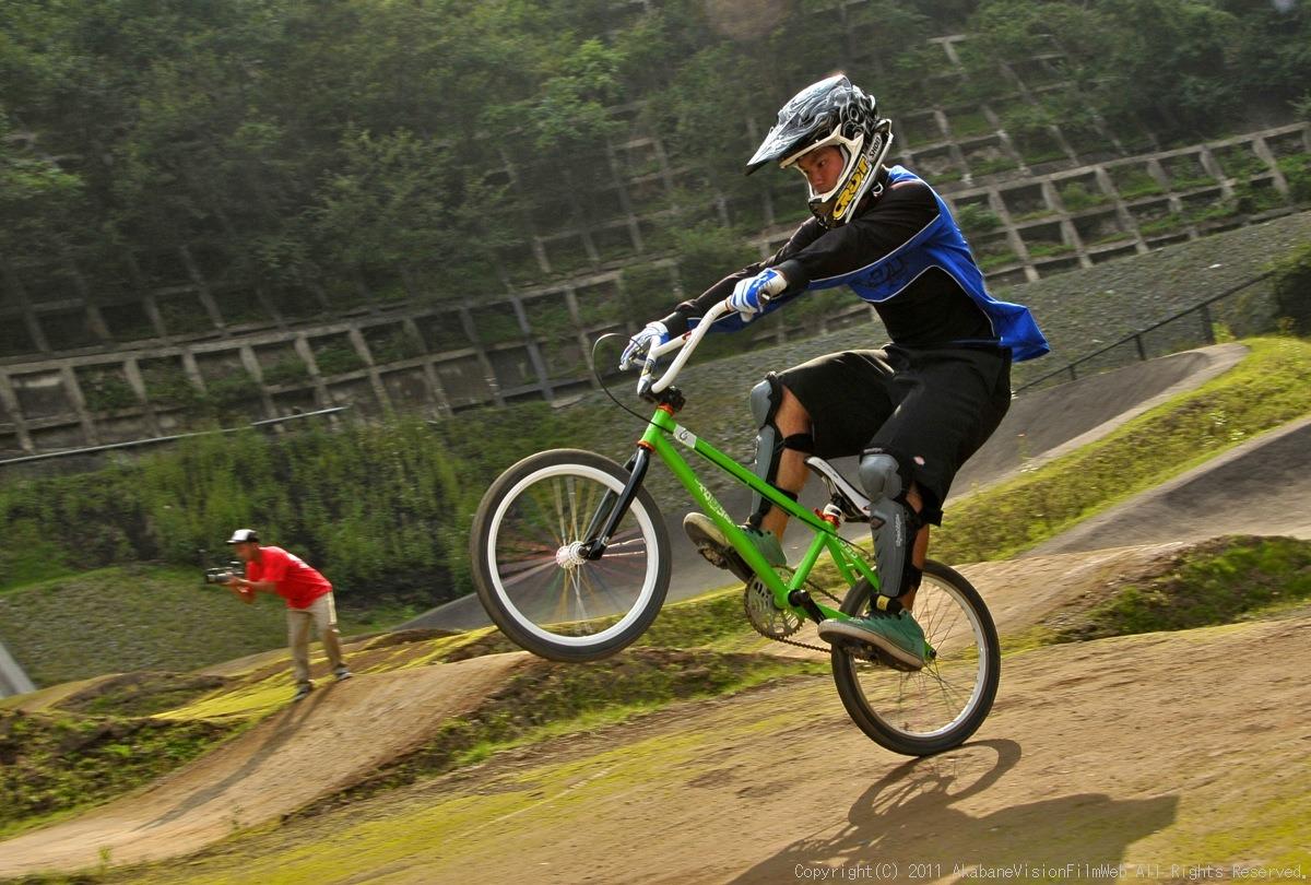 CREDIT camp for kids 2011 VOL4:Day1 BMXライドその2~キャンプナイト_b0065730_15164413.jpg