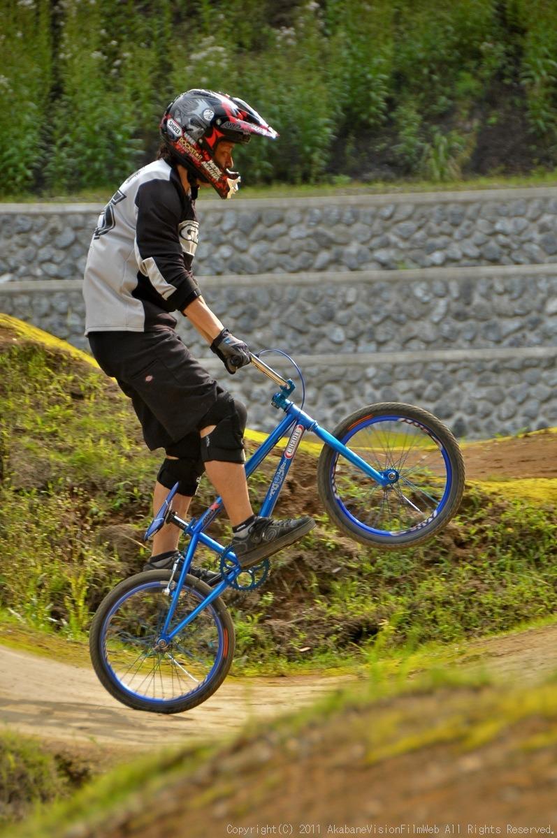 CREDIT camp for kids 2011 VOL4:Day1 BMXライドその2~キャンプナイト_b0065730_15184311.jpg